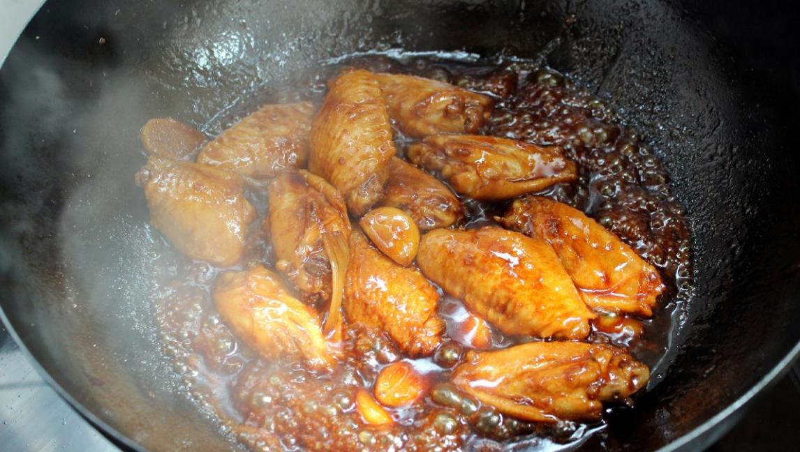 cánh gà rim nước mắm